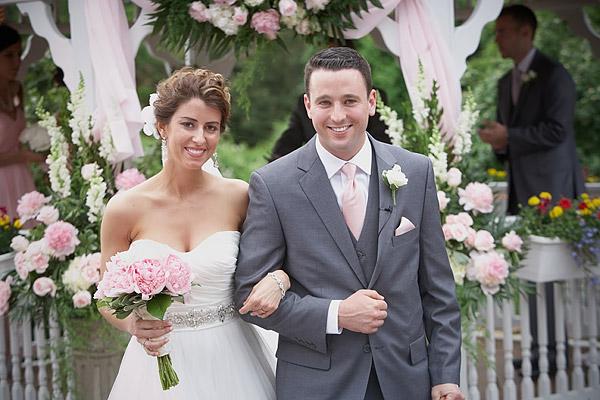 inn at woodstock hill wedding: outside ceremony
