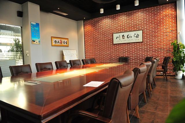 Ruang Rapat Semi Minimalis Modern