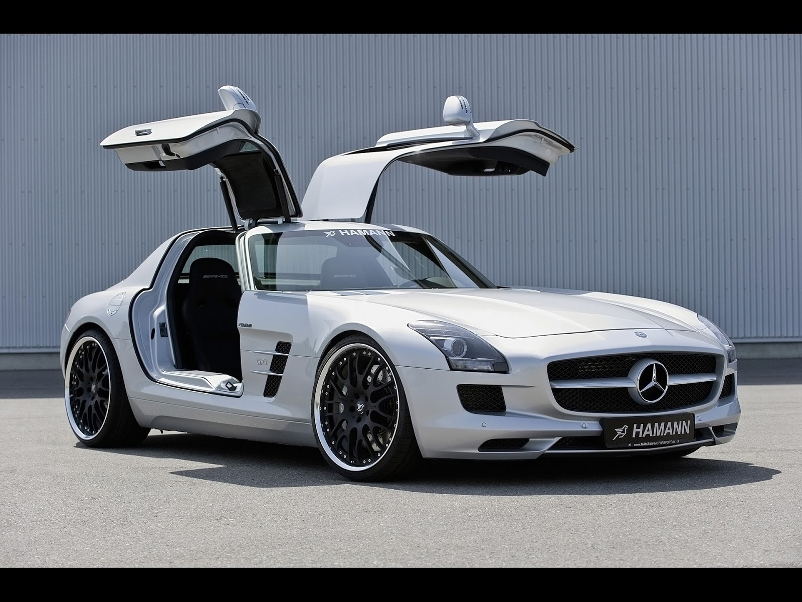Fast cars mercedes benz sls amg for Cars of mercedes benz