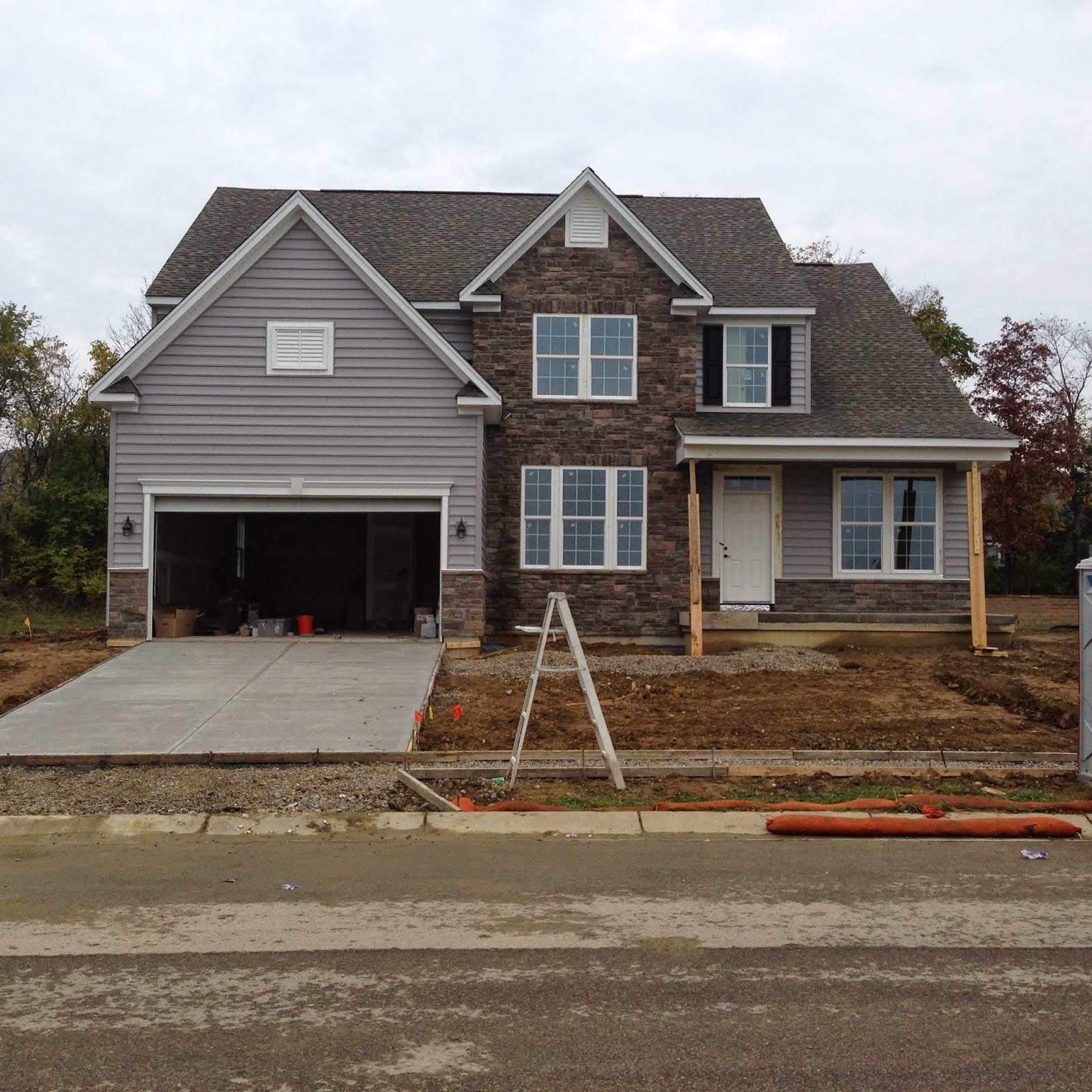 Buildabateman the bateman elevation b exterior for Model home exterior photos
