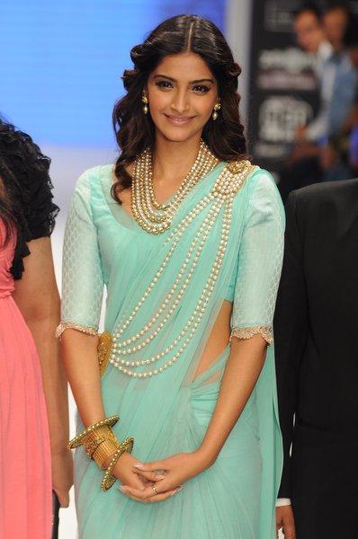 indian-saree-designer