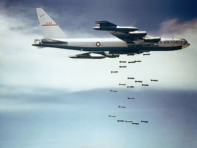 https://en.wikipedia.org/wiki/File:Boeing_B-52_dropping_bombs.jpg