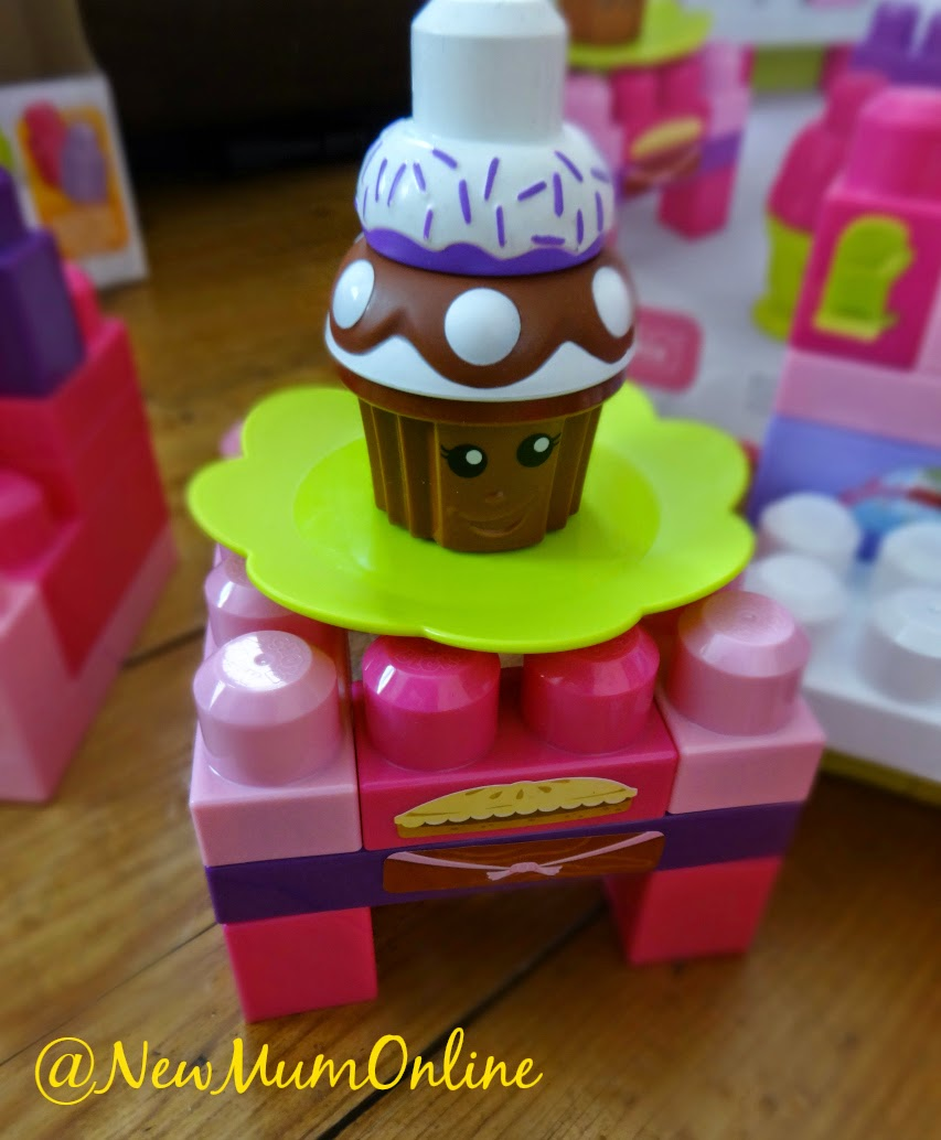 Build a Bakery Mega Bloks cupcake