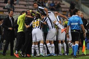أهداف مباراة اليوفي و كالياري 2-0 في الدوري الايطالي 6-5-2012
