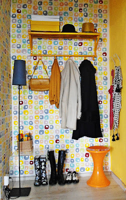 yellow+entryway+1.JPG