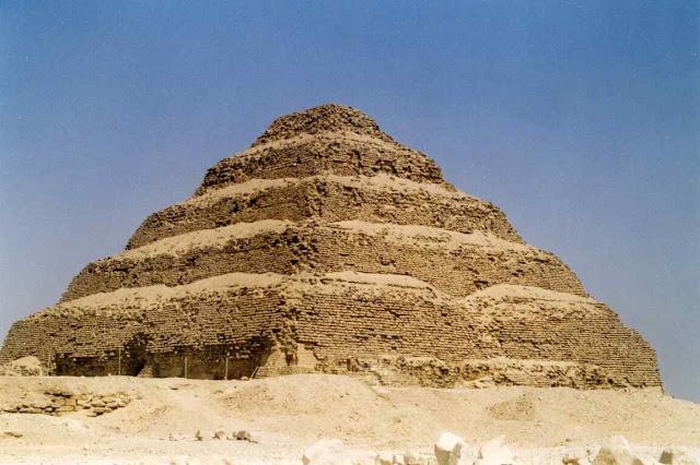 Pirámide de Saqqara