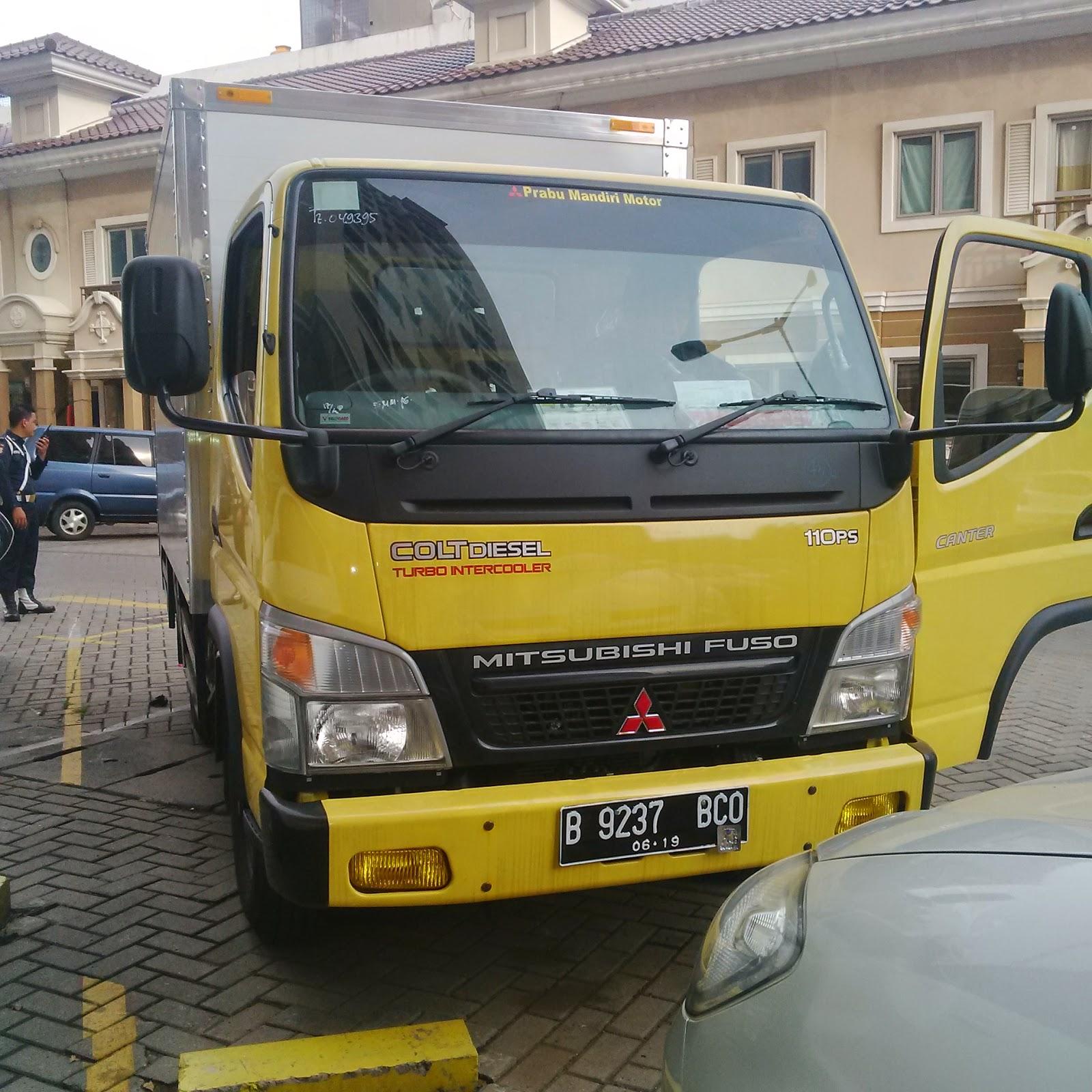 Pengiriman Truk Engkel B 9237 BCO Jakarta ke Balikpapan