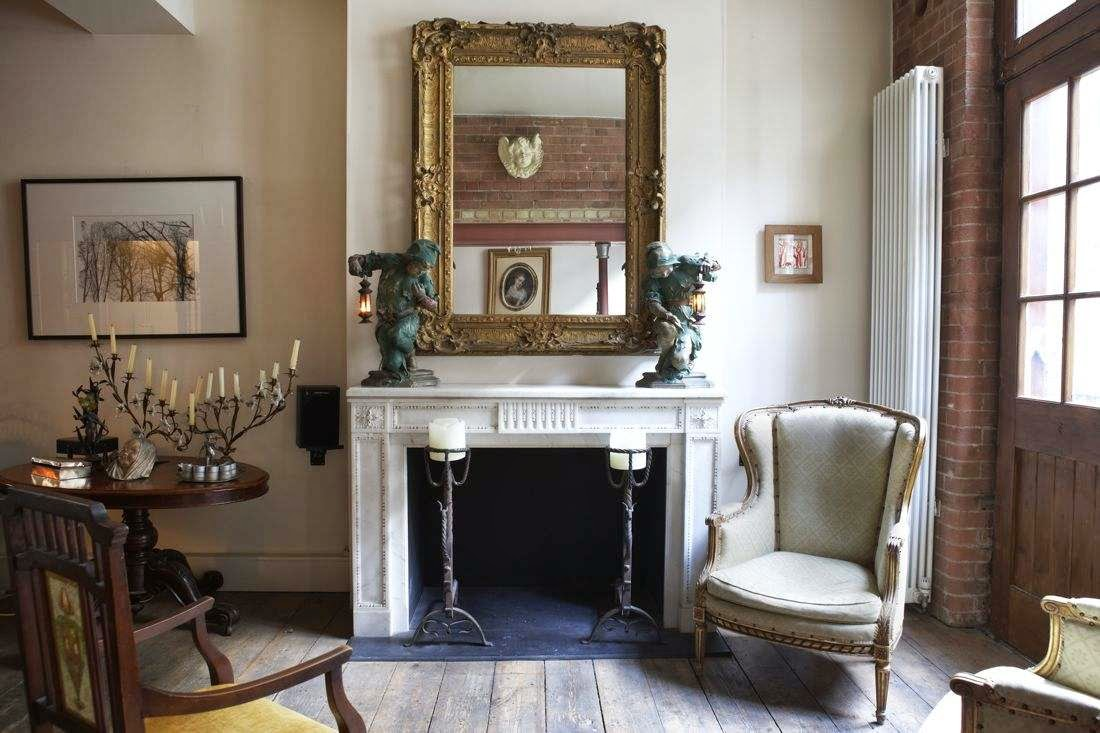 Lee caroline a world of inspiration victorian factory for Victorian style apartment