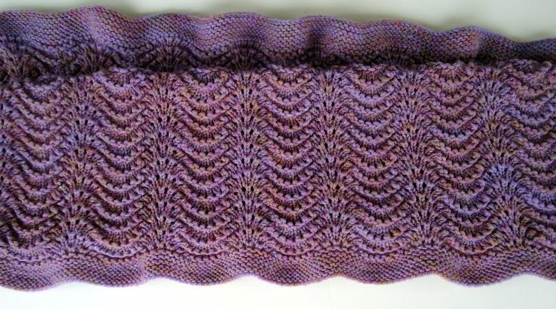 Bitten by Knittin...: Feather and Fan baby blanket