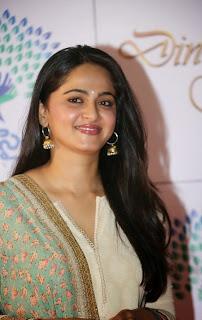 Actress Anushka Shetty Latest Pictures in Salwar Kameez at Memu Saitam Dinner with Stars Red Carpet  1).jpg