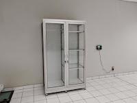 furniture kantor semarang - lemari kaca