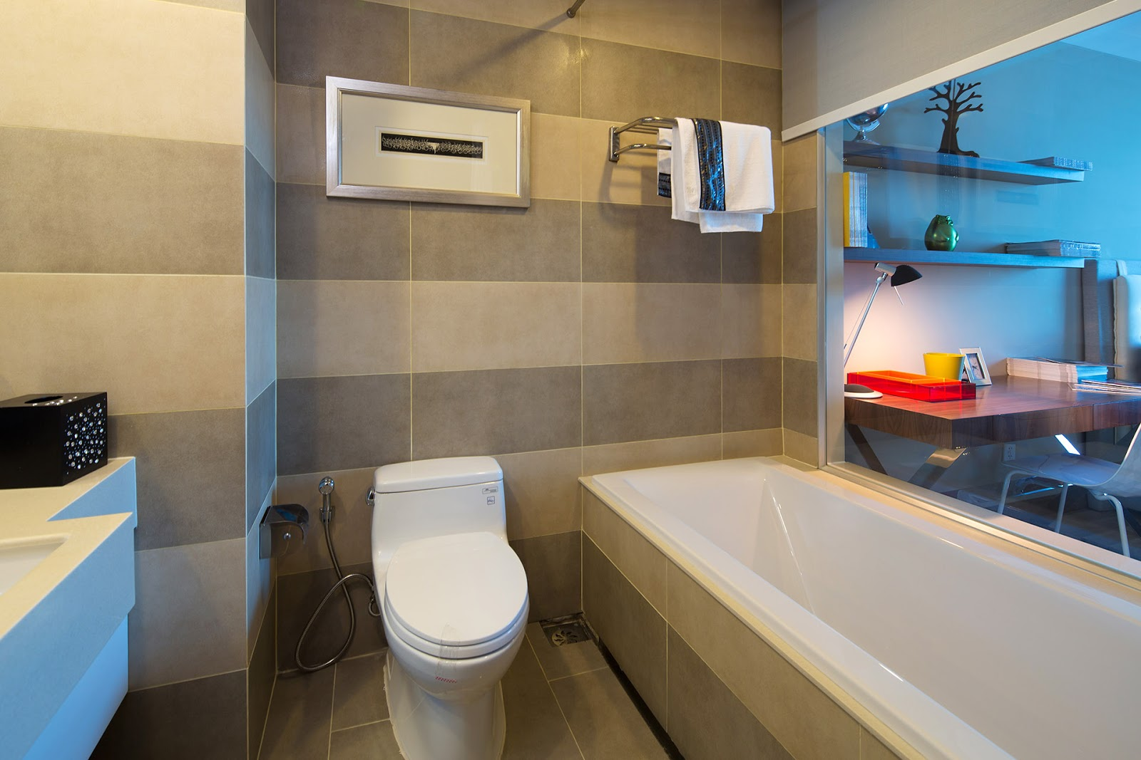 phòng vệ sinh saigon airport plaza