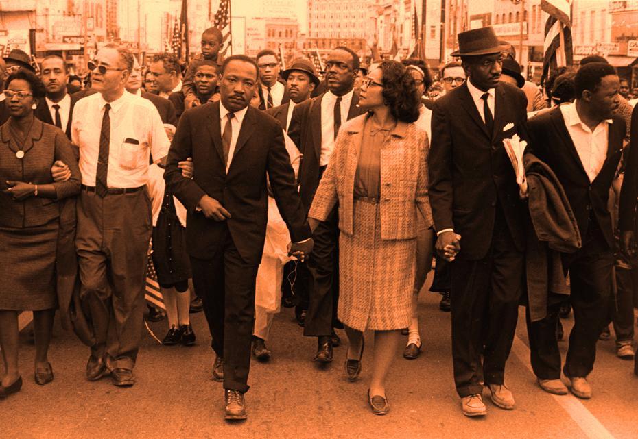 'Lo peor no es la maldad de la gente mala sino el silencio de la gente buena.' (Martin Luther King)