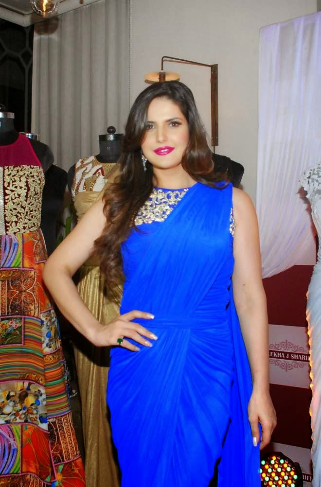 zarin khan blue saree photo