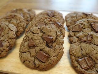 Gooey Chocolate Chunk Cookies