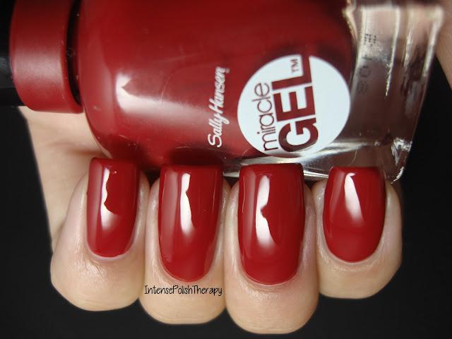 Sally Hansen - Rhapsody Red