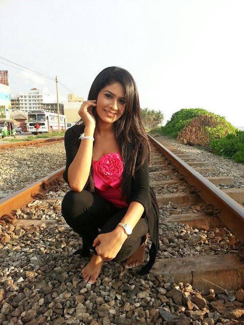 hot actress photos net: maheshi madushanka new photos 02