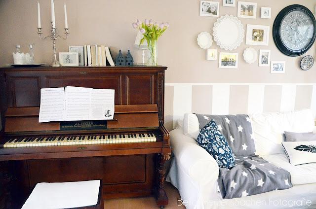 Klavier Wohnzimmer von Bellas Herzenssachen