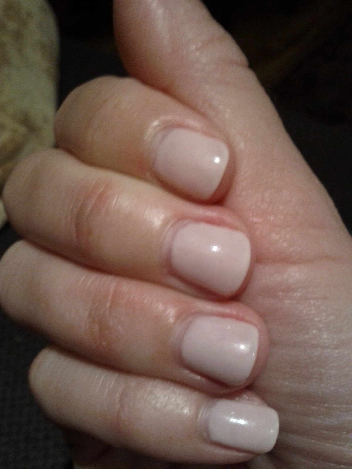 Lipgloss Break: Gelish Nail Polish - 7 days later