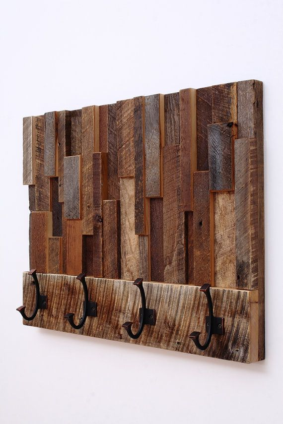 cabideiro de madeira pallet
