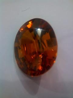menghilangkan kabut batu fire opal