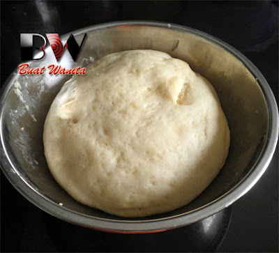Puri Bread Recipe. How To Make Indian Poori Bread. Simple Easy & Fluffy Indian Poori Bread.