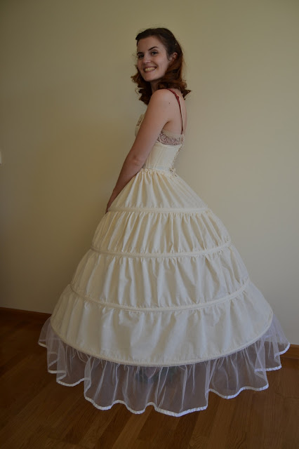 Scarlett dress, hoop skirt, corset, foundation, umbrella