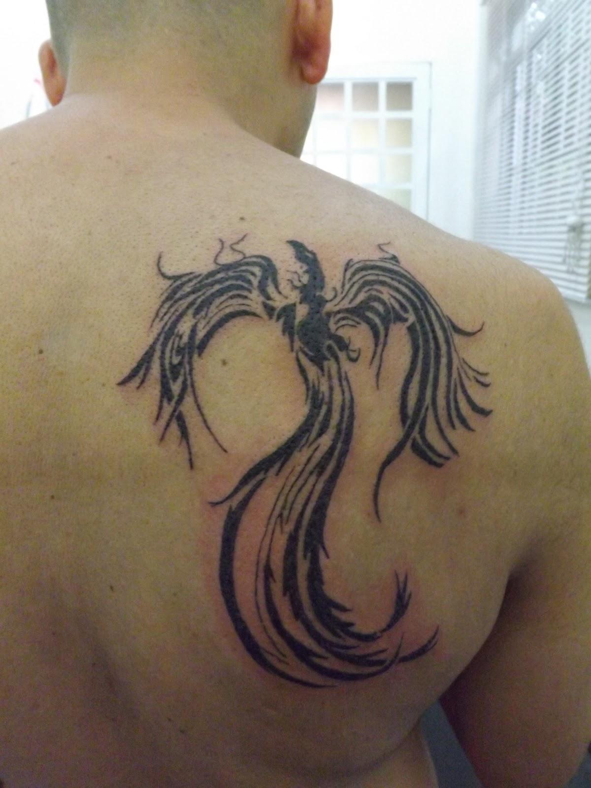 Fabiano tatuagem tattoo fenix tribal for Fenix tribal tattoo