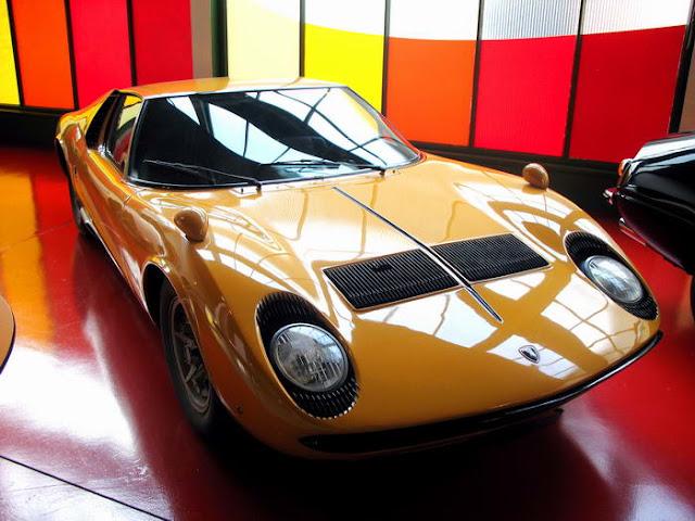 10 – Lamborghini Miura