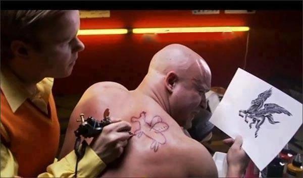 chez guigui: tatouage cheval aile approximatif