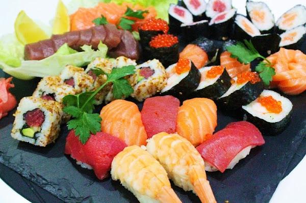 Como hacer sushi en casa paso a paso gu a de - Cocinar sushi facil ...