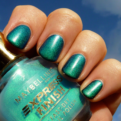 Maybelline Aqua Duochrome Nail polish Swatch