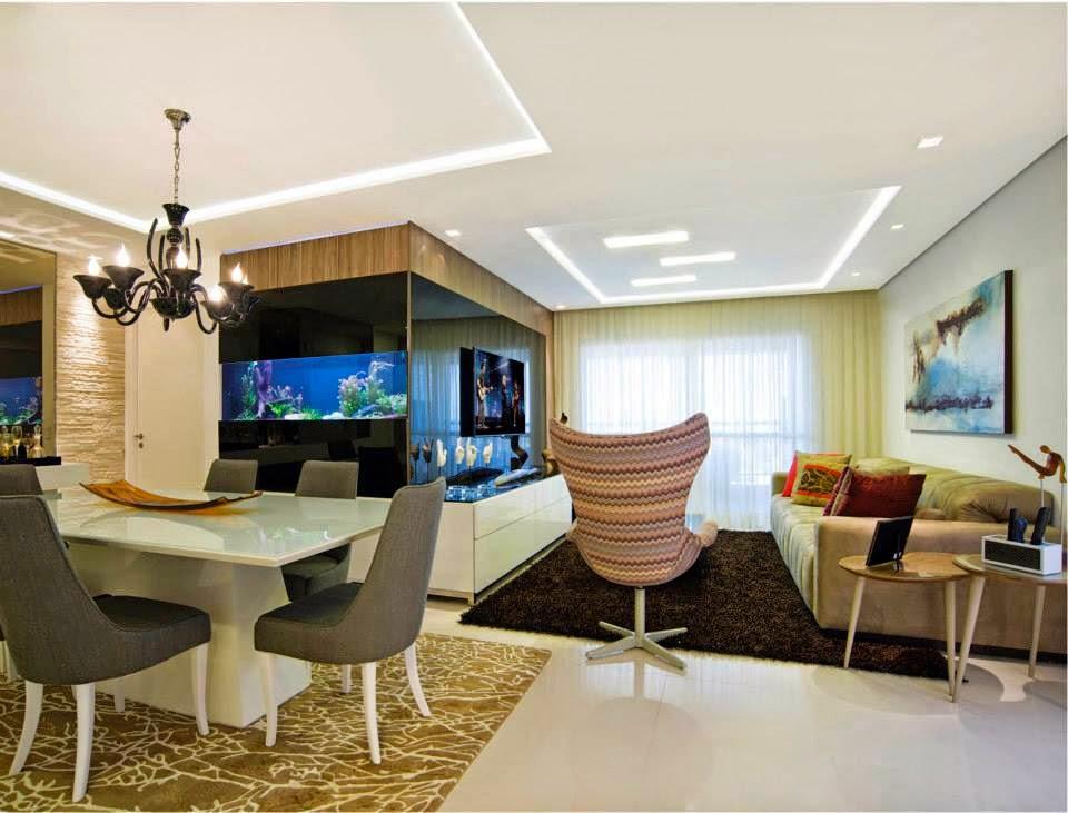 Sala De Jantar E Estar Azul ~  brilho preto com TV na sala de estar e aquário na sala de jantar