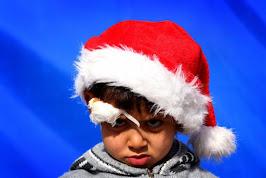Καλά Χριστούγεννα και με το καλό, η Ανάσταση και η Ειρήνη στον κόσμο.