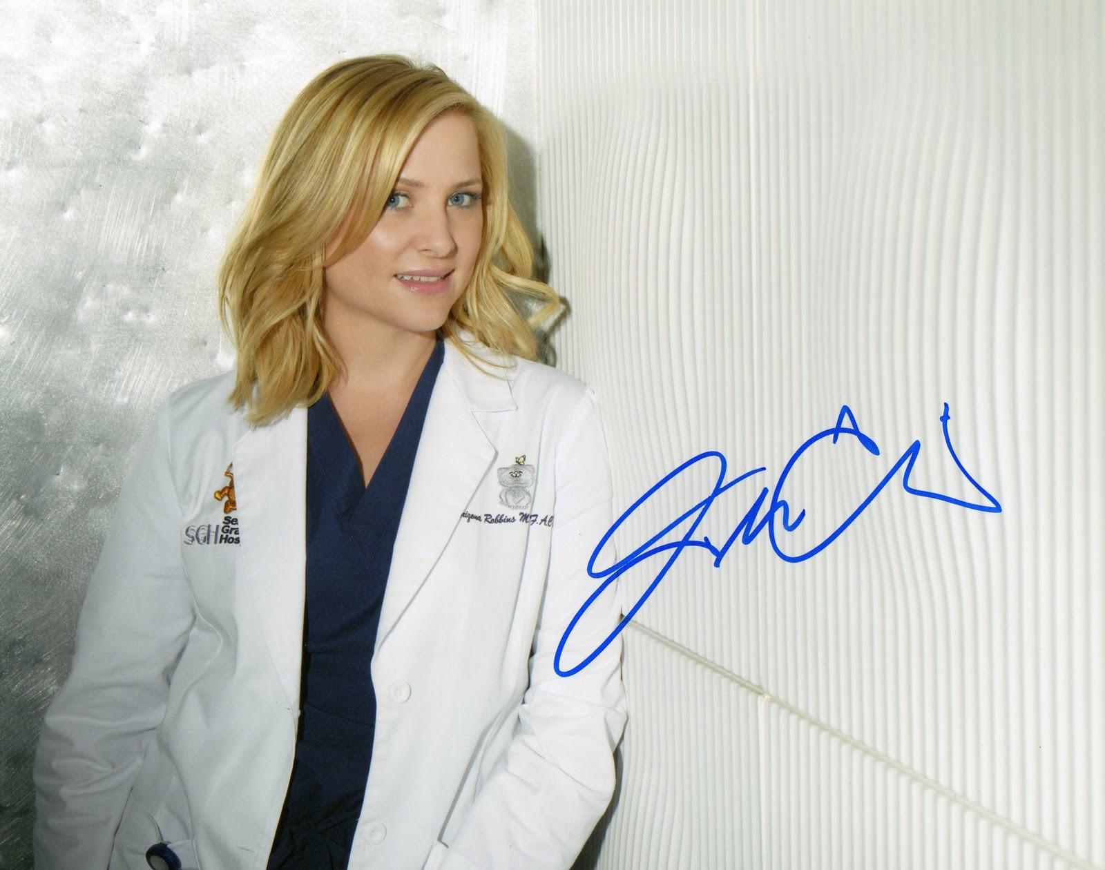 Jessica Capshaw autograph