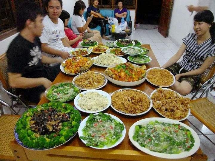 Mengenal 5 Kebiasaan Makan Orang Indonesia