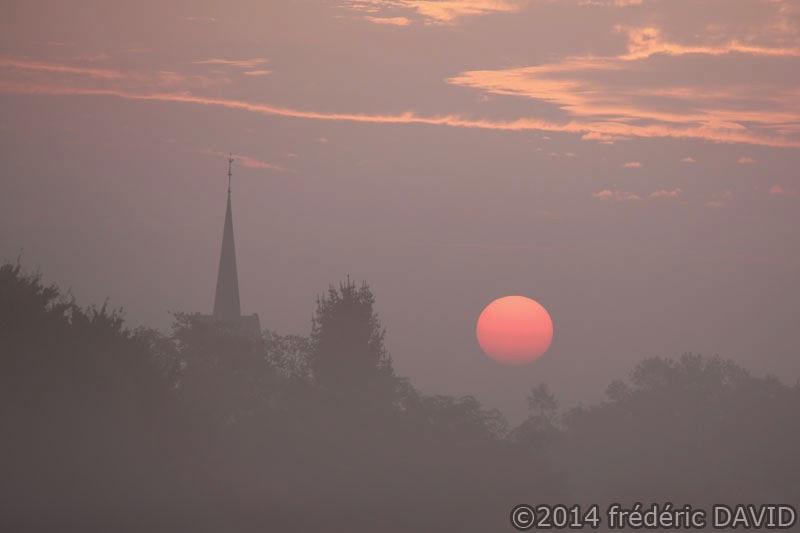 brume brouillard silhouettes matin soleil aube Sénart Seine-et-Marne