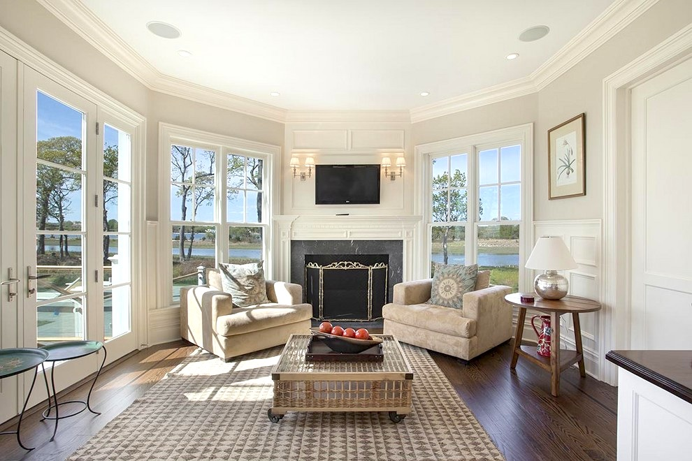 16 9 million dollar hamptons traditional estate see for Sunrooms with fireplaces