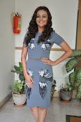 Seerath kapoor latest glam pics-thumbnail-14
