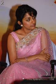 Meera-Jasmine-hot-in-saree-8