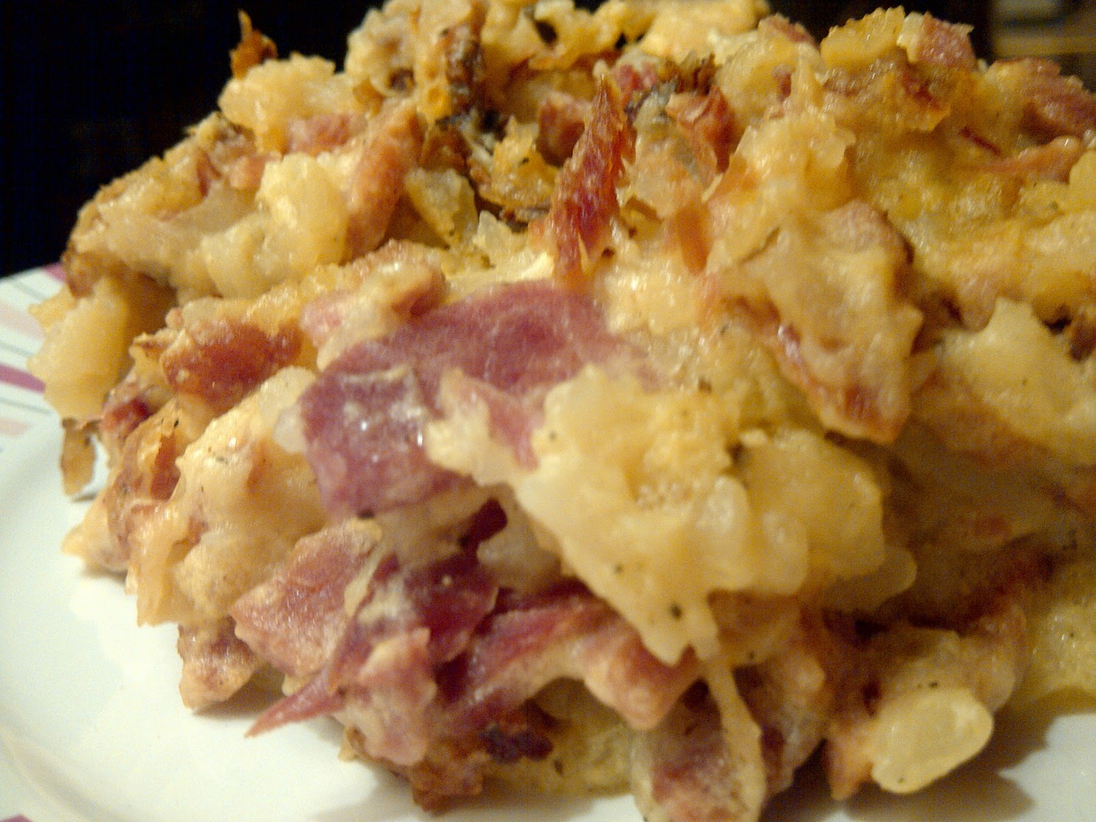 USASillyYaks: Scalloped Potatoes and Ham.....comfort food at it's best