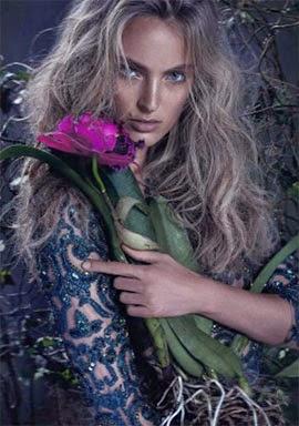 Patrícia Bonaldi campanha coleção verão 2015 vestido manga longa bordado em azul