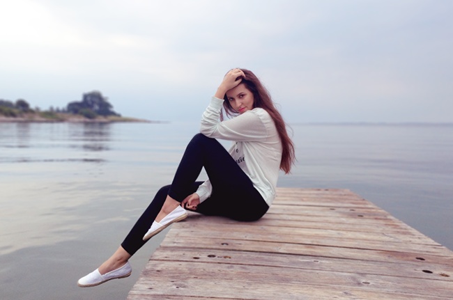 Wildfox Couture beach jumper salt water is the best medicine denmark fashion travel blogger