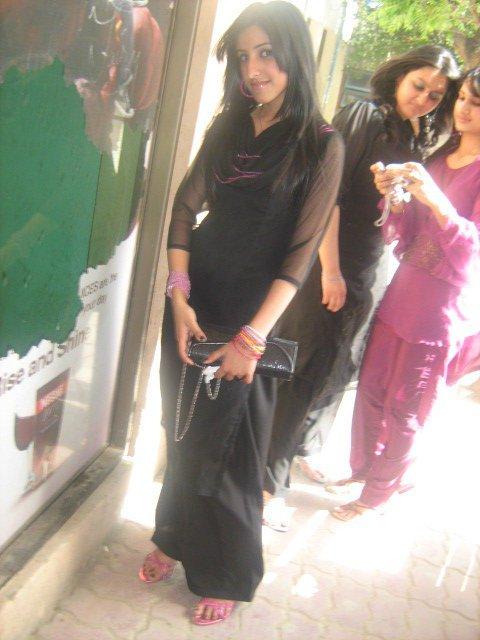 Simple Girls Of Indian And Pakistan Beautiful Photos
