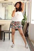 Seerat Kapoor New glam stills-thumbnail-20