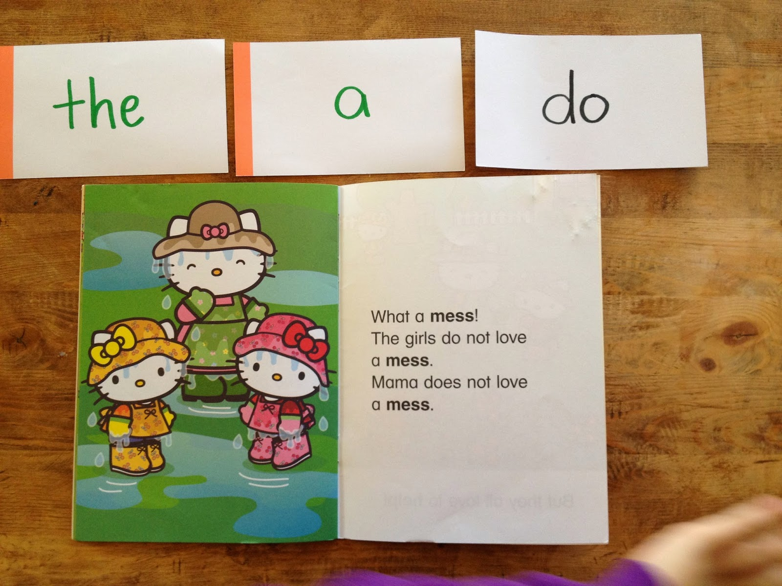 teaching sight words to kids pre-schoolers hello kitty books
