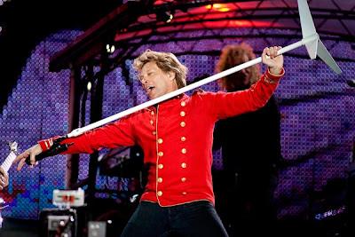 Jon Bon Jovi em grande estilo