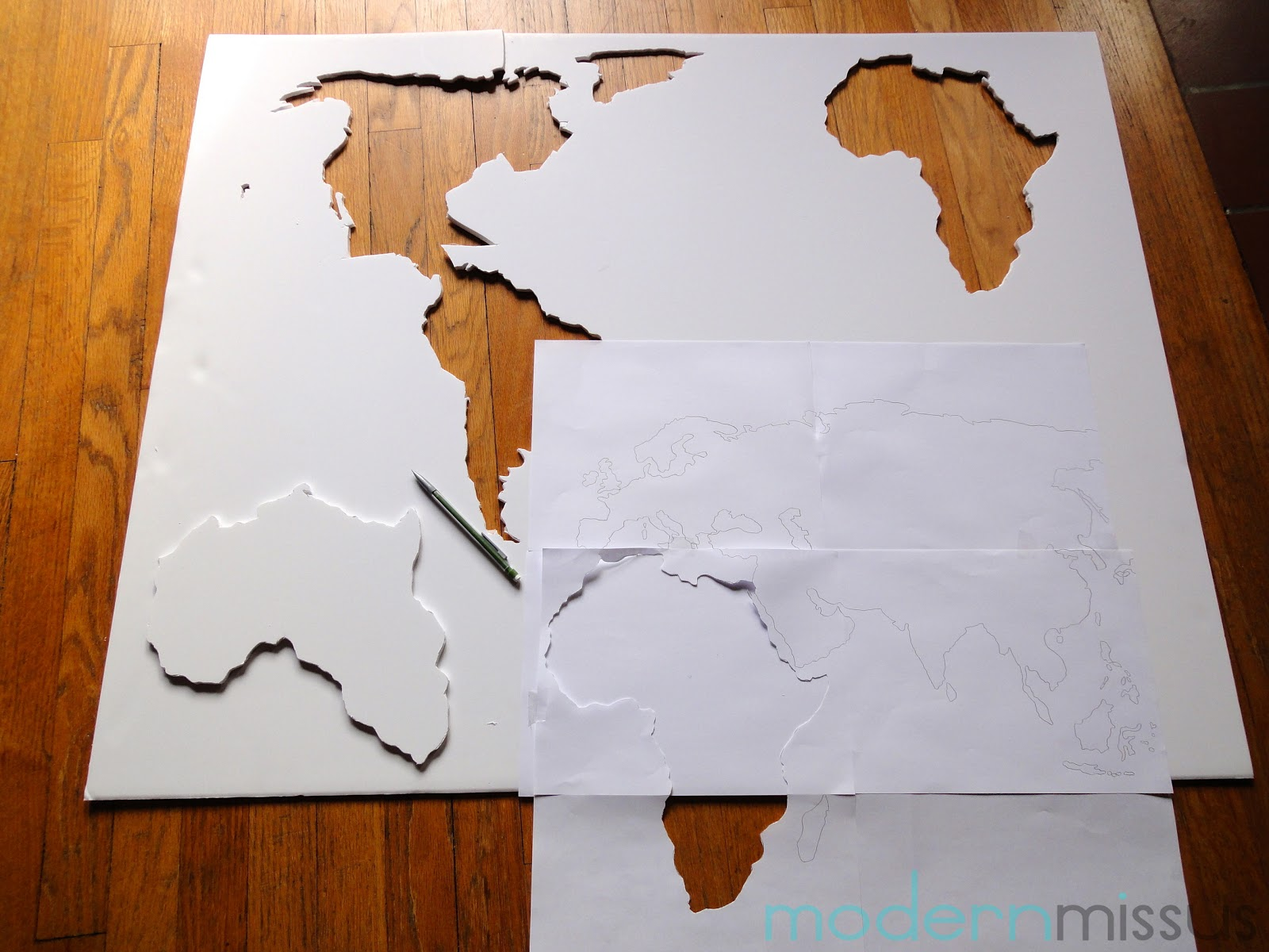 Modern missus diy world map wall art diy world map wall art gumiabroncs Gallery