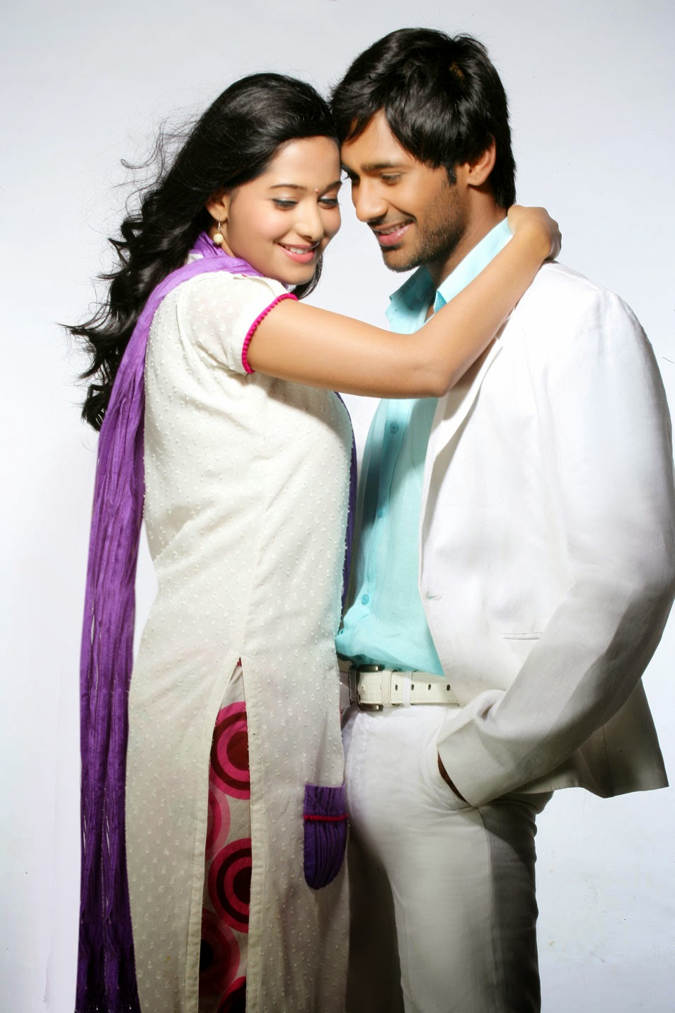 V, Varun Sandesh, Varun Sandesh HD Images, HD Images, latest HD images, Latest wallpapers, Telugu Movie actors, Tollywood, Indian Actors, Priyudu Telugu Movie Latest Photo Stills,Varun Sandesh Preetika Rao,Swetha basu prasad priyudu movie new stills,Priyudu movie stills,Telugu movie Priyudu photos,Priyudu new stills,Varun Sandesh Preetika Rao Latest Romantic Photoshoots