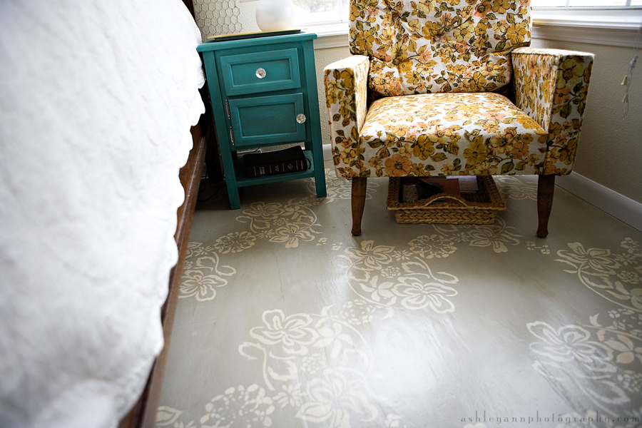 Refresheddesigns green idea diy painted floors for Painting plywood floors ideas